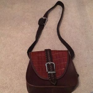 Like new brown leather Brighton bag!
